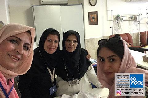 حضور بهبود یافتگان در کنار بیماران موسسه خیریه بهنام دهش پور